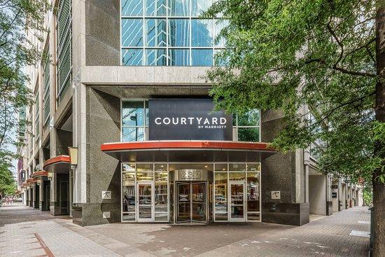 Courtyard Charlotte City Center: Exterior