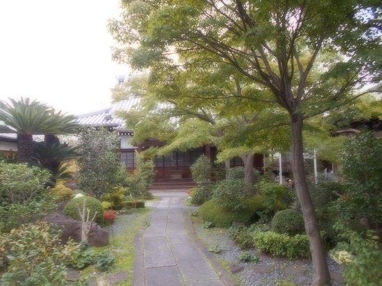 Gatsuzo-ji Temple