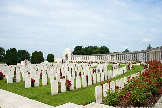 Full Day Battlefield of Flanders WW1 Ypres Tour from Brussels