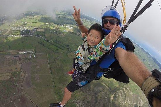 9,000 Feet Tandem Skydive & Gannet...