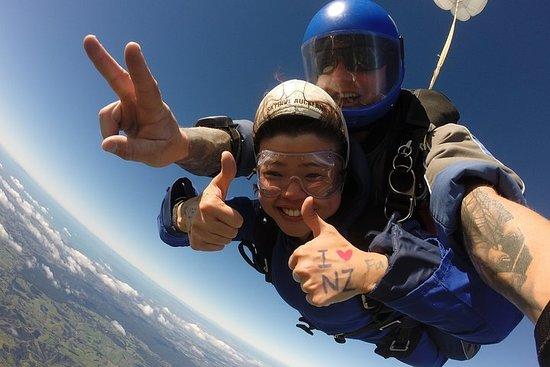 13,000 Feet Tandem Skydive & Gannet...