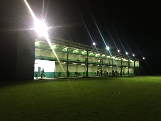 ‪Greenlife Golf Range and Pro Shop‬