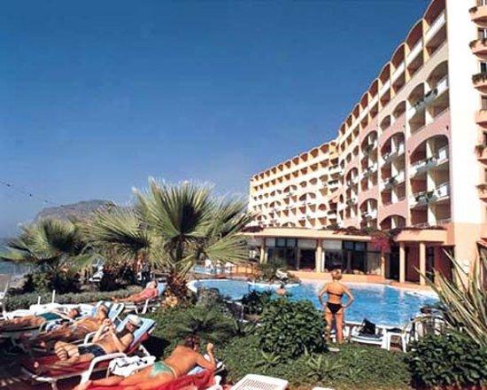 Pestana Bay Ocean Aparthotel, Hotels in Madeira