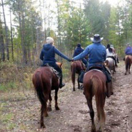 Zabaykalsky Krai, Ryssland: в таких походах зарождаются настоящая дружба и любовь. И так мало нужно для счастья)