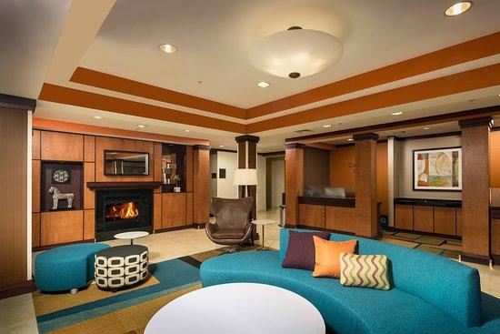 Fairfield Inn & Suites Augusta, Hotels in Belgrade Lakes