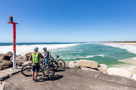 Tour guidato in bici elettrica - Entroterra lussureggiante e spiagge