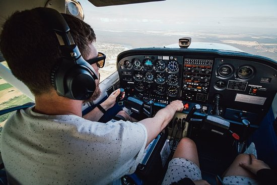 Discover Montpellier with a local pilot