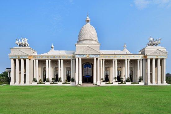 Sheraton Grand Palace Indore