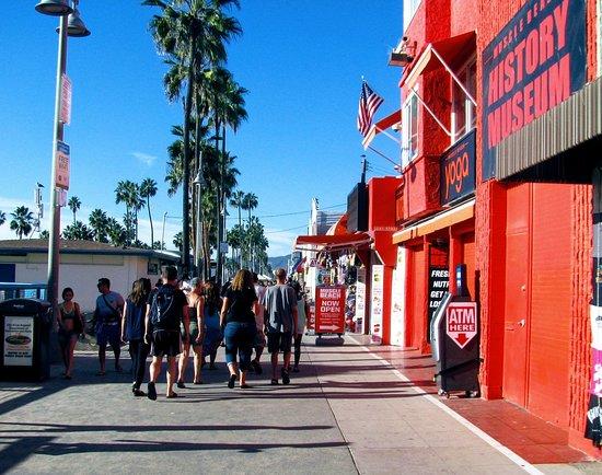 Muscle Beach Venice: Muscle beach history museum