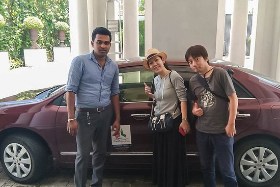 Molagoda City to Colombo Airport (CMB) Private Transfer
