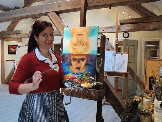 Rindal, Norge: Inga at work painting in her art studio