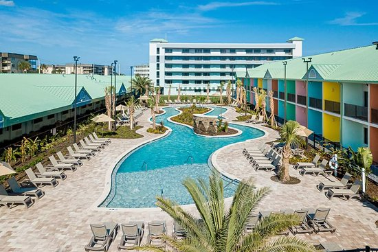 Beachside Hotel & Suites Pool and Lazy River