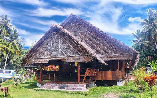 Sabbit Mentawai Surfcamp - Uma Ombak Mentawai