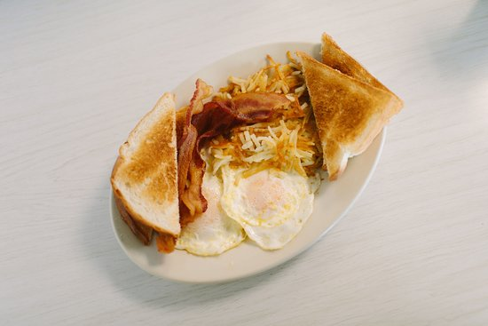 Norco, LA: Brakfast special with bacon and toast