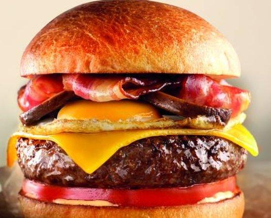 Esta semana si pides a domicilio una hamburguesa francesa, inglesa o mexicana de hamburguesa nostra en Uber Eats ¡te regalan otra igual!