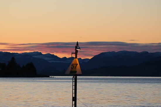 Helgoy i Ryfylke, Norway: Sailing into the sunset