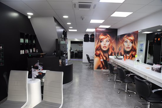 Newtownards, UK: Hair & Co