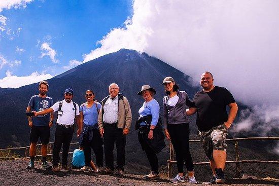 Excursion au volcan Pacaya et à des sources d'eau chaude avec...
