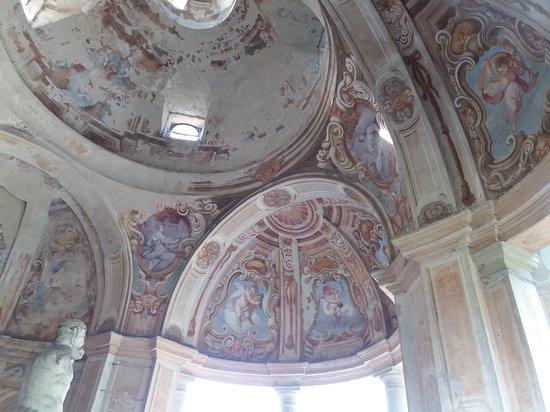 Tempietto del Fauno di Palazzo Arese Borromeo