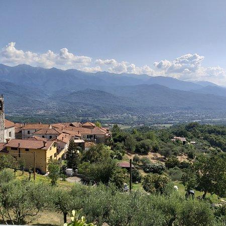 Mulazzo, إيطاليا: Busatica di Mulazzo , una pace ,una serenità e un panorama da togliere il fiato..🤗