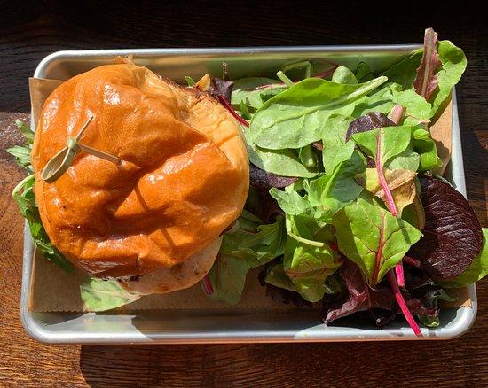 Suffern, Nowy Jork: Burgers!