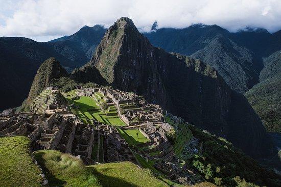 Inca Trail 4-Days Trek All-Inclusive Tour to Machu Picchu - Explore Adventures Peru