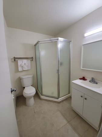 Buttonwillow, Kalifornia: Bathroom