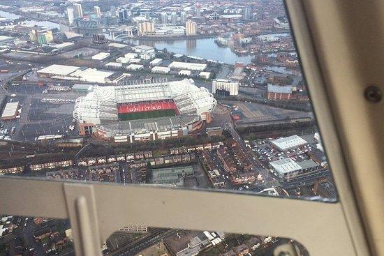Vuelo turístico de 1 hora por Manchester