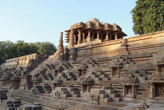 Ahmedabad, Little Rann Of Kutch & Rajkot Tour