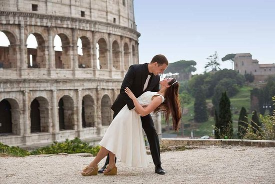 Honeymooners Rome Tour with...