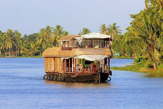 Spend Your Honeymoon Tour in Kerala