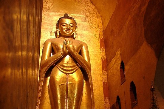 Full-Day Private Bagan Temples Guided...