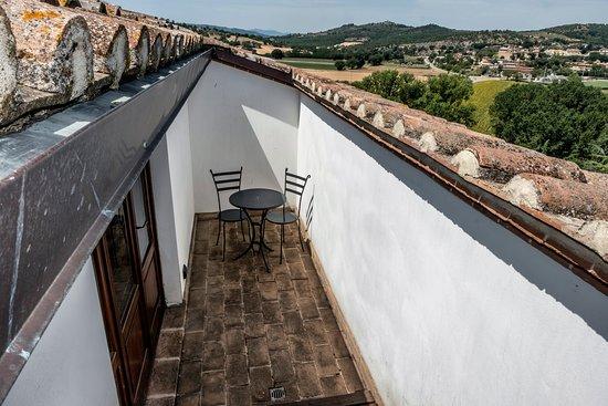 Castiglione della Valle, Italia: terrazzino in un appartamento superior