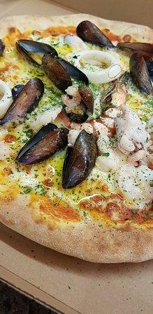 Best pizza pescatora