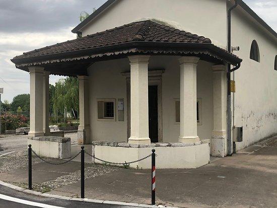 Chiesetta ( Oratorio ) Di San Rocco