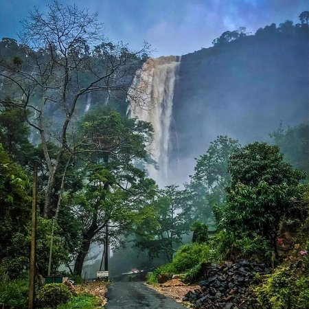 "Diyaluma Falls(දියලුම ඇල්ල) waterfall  Diyaluma Falls is 220 m (720 ft) high and the second highest waterfall in Sri Lanka and 361st highest waterfall in the world. It is situated 6 km (3.7 mi) away from Koslanda in Badulla District on Colombo-Badulla highway. The Falls are formed by Punagala Oya, a tributary of Kuda Oya which in turn, is a tributary of Kirindi Oya.  Quick Facts: Location, Type ... Etymology In Sinhalese, Diyaluma or Diya Haluma means ""rapid flow of water"""