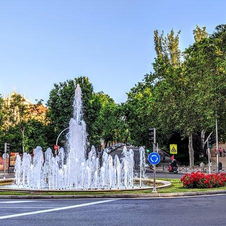 Plaza Virgen de la Gudalupana, Madrid