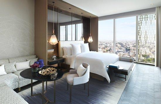 Four Seasons Hotel Kuwait at Burj Alshaya, Hotels in Kuwait City