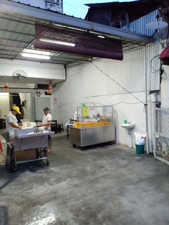 Putu Piring Melaka