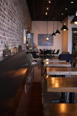 Hos Coffee interior