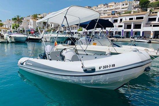 ภาพของ Náutica Elite Alquiler de Barcos – ภาพถ่าย La Herradura - Tripadvisor