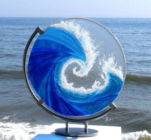Handmade fused glass wave by Ailsa Nicholson - H42cm