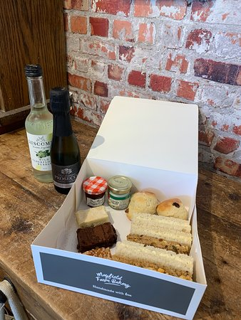 Afternoon Tea Takeaway Box for Summer 2020