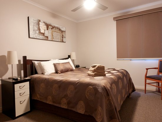Port Vincent Motel & Apartments: King Studio apartment Bedroom