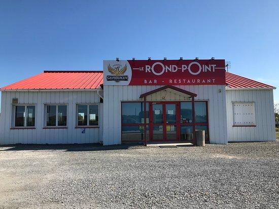 image Le Rond Point sur Saint-Loup-Du-Dorat