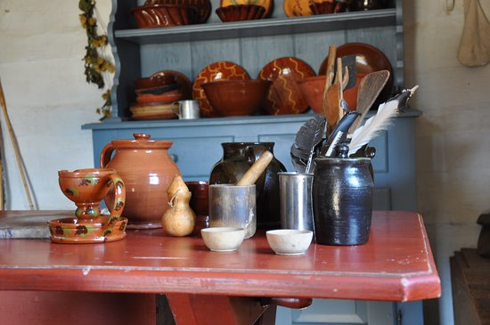 Log farmhouse kitchen - Landis Valley Museum