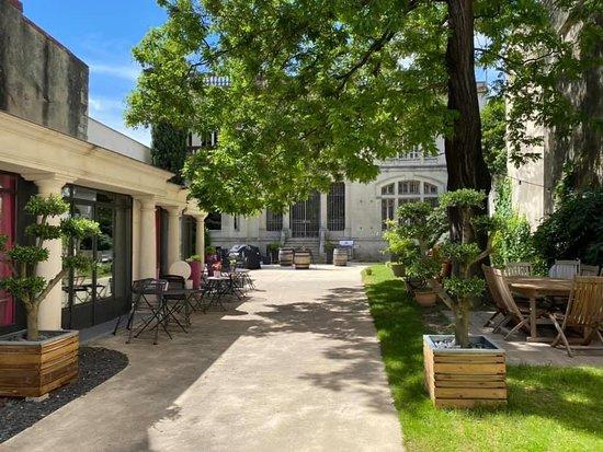LA VERANDA, Montélimar - 18 Rue Roger Poyol - Restaurant Avis, Numéro de Téléphone & Photos ...