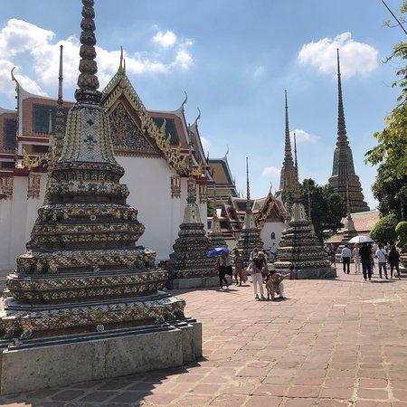 Kuil Budha Berbaring (Wat Pho)