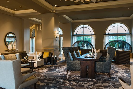 Renaissance Tampa International Plaza Hotel
