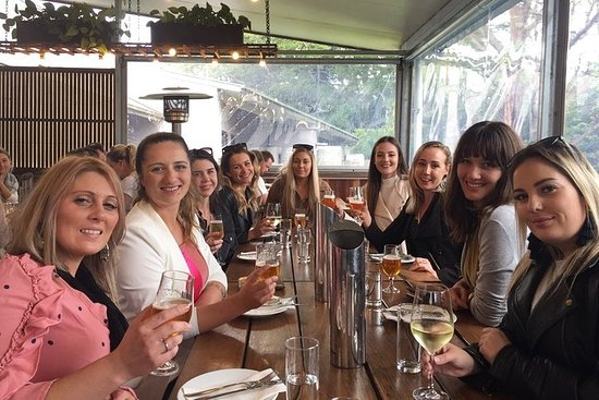 Hinterland Cheese & Wine Tasting Tour - with 2 course lunch included